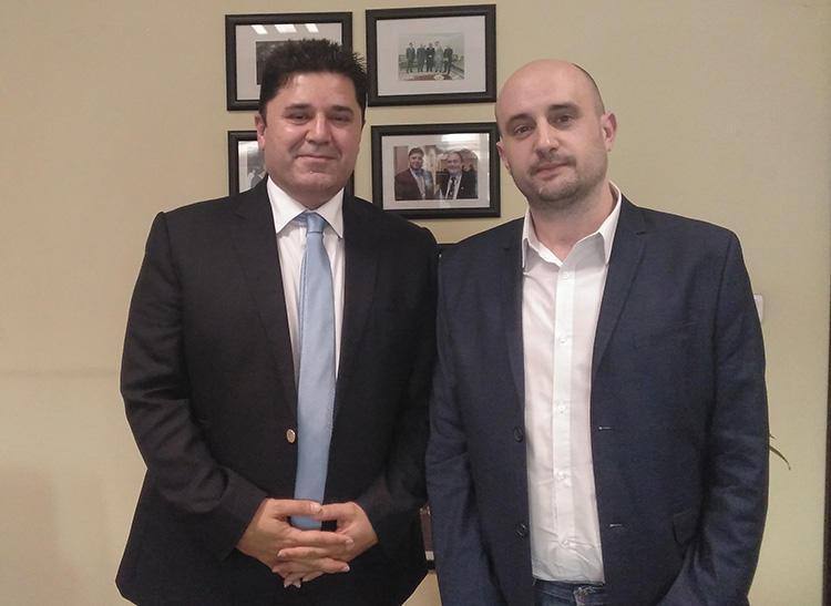 Dindar Zebari, the Kurdistan government's international advocacy coordinator, left, and CPJ's Ignacio Miguel Delgado Culebras. (Bijar Aziz)