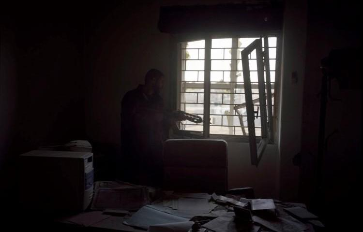 A rebel fighter seen in Tripoli, Libya, on April 20, 2011. (Tim Hetherington/Magnum Photos)