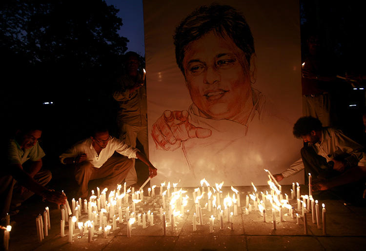 A memorial for Sri Lankan newspaper editor Lasantha Wickramatunga is seen in Colombo on January 15, 2009. Today, a California court unsealed a civil lawsuit against former Sri Lankan Defense Minister Gotabaya Rajapaksa, a dual U.S.-Sri Lankan citizen, seeking damages for his alleged involvement in the killing. (Reuters/Buddhika Weerasinghe)