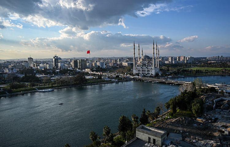 The Seyhan river in Adana, pictured on March 17, 2019. An unidentified gunman shot a journalist in the leg in the Turkish city, on May 24. (AFP/Ozan Kose)