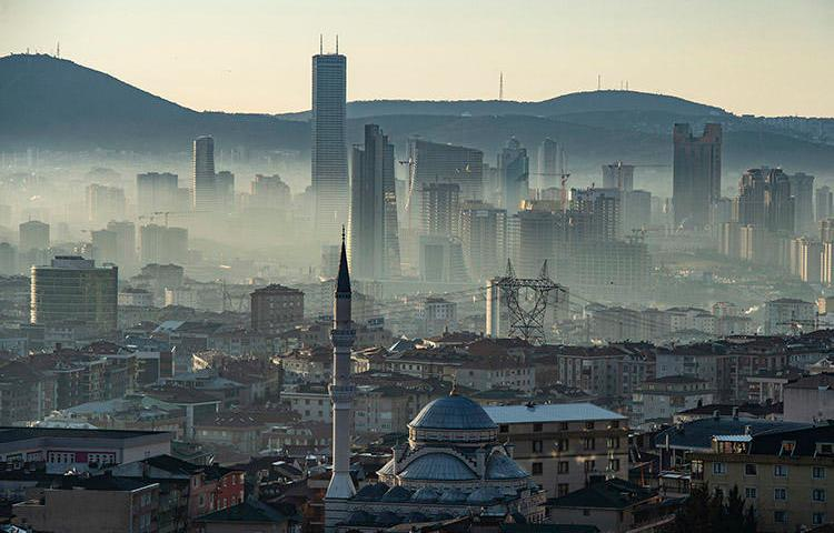 Dawn breaks over Istanbul in March 2019. A court in the Turkish city has rejected a stay of execution request from lawyers representing Cumhuriyet staff. (AFP/Yasin Akgul)