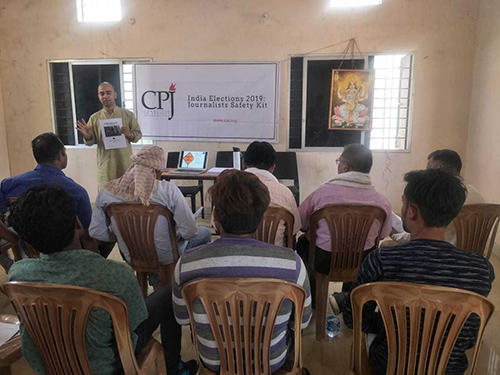 India Correspondent Kunal Majumder presents CPJ's India elections safety kit on April 4 in Bijapur. (CPJ)