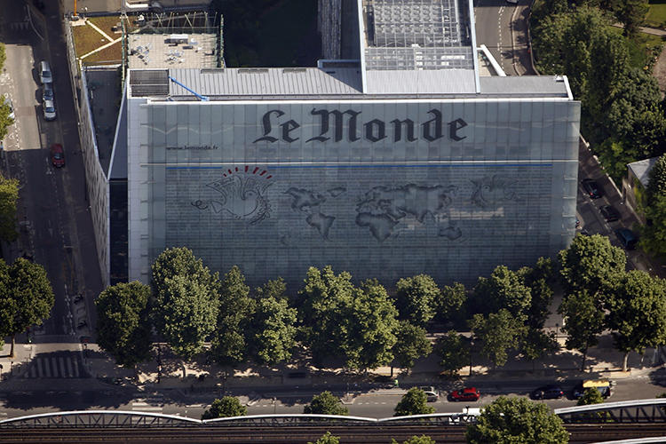 Le Monde's offices are seen in Paris, France, on July 14, 2013. The paper's publisher and one of its reporters, as well as a reporter at news website Disclose, were recently summoned for questioning by French domestic intelligence authorities. (Reuters/Charles Platiau)