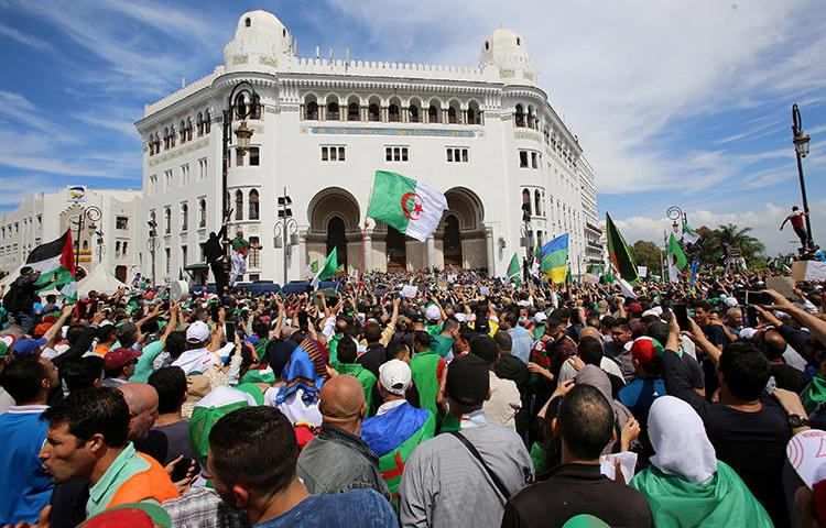 Demonstrators are seen in Algiers, Algeria, on May 17, 2019. Independent news websites Tout Sur l'Algérie and Algérie Part have been widely inaccessible in the country since June 12. (Reuters/Ramzi Boudina)
