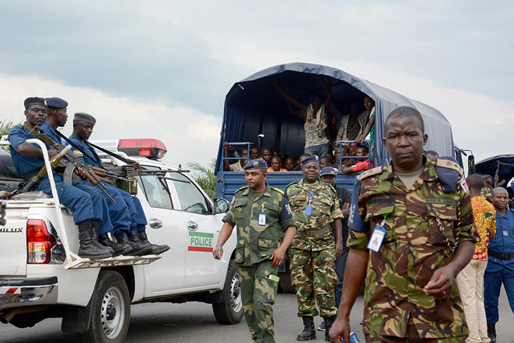 Police are seen in Gatumba, Burundi, on January 31, 2017. The BBC recently shut its office in Burundi more than one year after its broadcasts had been banned. (AFP/Onesphore Nibigira)