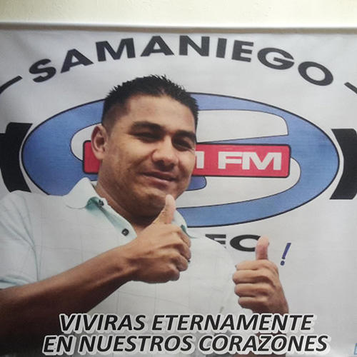 A banner with the image of Libardo Montenegro, a veteran reporter for community radio station Samaniego Stereo in southern Colombia who was shot dead on June 11. (CPJ/John Otis)