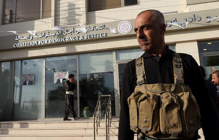 A member of the Asayish is seen in Sulaymaniyah, Iraqi Kurdistan, on May 13, 2018. Asayish forces in Sulaymaniyah recently detained freelance journalist Zmnako Ismael. (Reuters/Ako Rasheed)