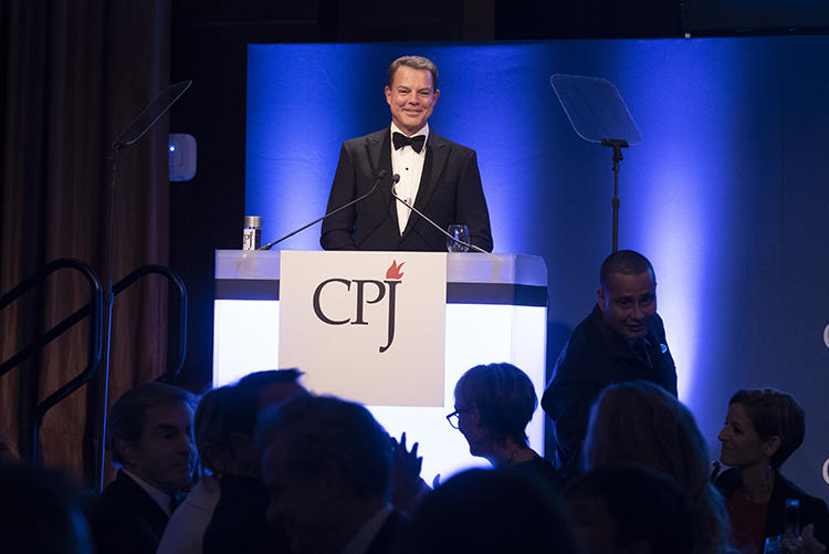 Shep Smith hosts the 29th annual International Press Freedom Awards dinner, and makes news by announcing a $500,000 gift to CPJ. (Barbara Nitke)