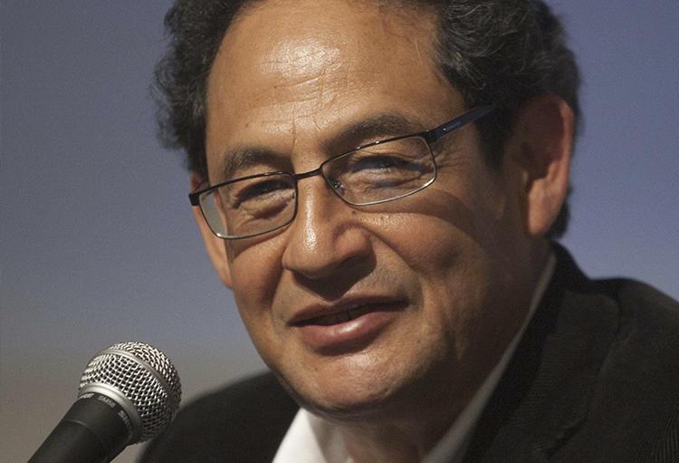 El periodista Sergio Aguayo Quezada, visto en la Ciudad de México, el día 5 de abril del 2013. Recientemente, Aguayo fue multado 10 millones de pesos en un juicio por daño moral. (AP/Alexandre Meneghini)