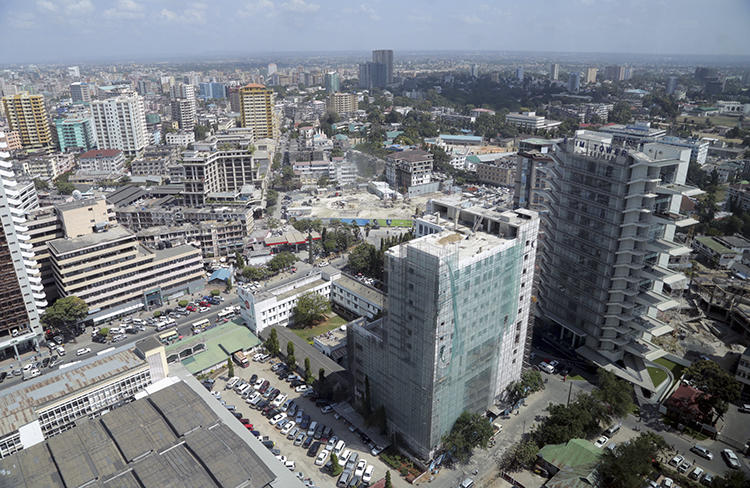 Dar es Salaam, Tanzania, is seen on July 12, 2013. Tanzanian authorities recently banned one online TV station and fined two others. (Reuters/Andrew Emmanuel)