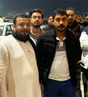 Journalist Mohammed Mubashiruddin Khurram (left) is seen after interviewing protest leader Chandrashekhar Azad (right) on January 27, 2020. (Image via The Siasat Daily)