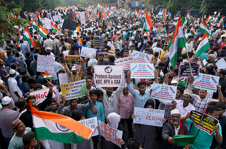 Demonstrators protest against a new citizenship law in Hyderabad, India, on January 4, 2020. Hyderabad police recently arrested journalist Mohammed Mubashiruddin Khurram while he was covering protests there. (Reuters/Vinod Babu)