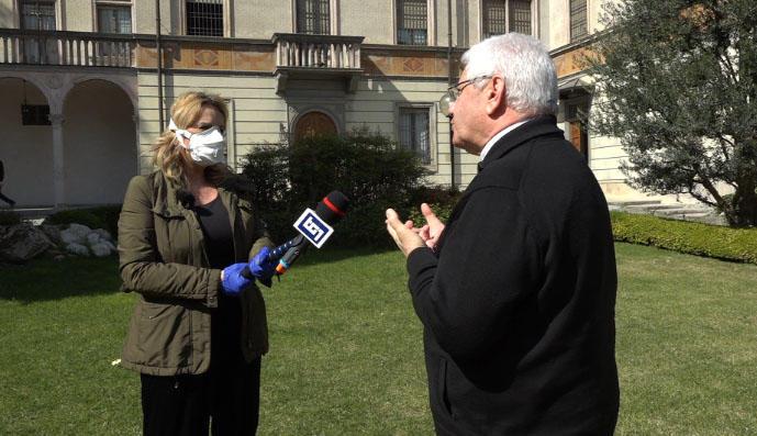 RAI journalist Stefania Battistini reporting on the coronavirus outbreak in Lombardy, northern Italy. (Photo courtesy Stafania Battistini)