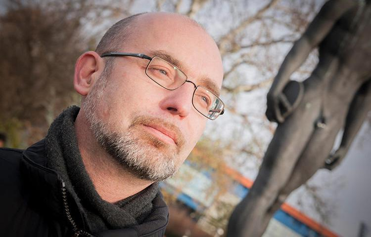 Slovenian journalist Blaž Zgaga told CPJ he has faced harassment from the government over his COVID-19 reporting. (Tomislav Čuveljak)