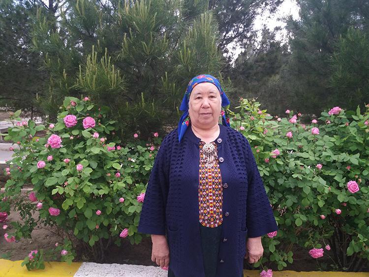 Ashgabat-based Turkmen photojournalist Soltan Achilova. (Photo: Soltan Achilova)