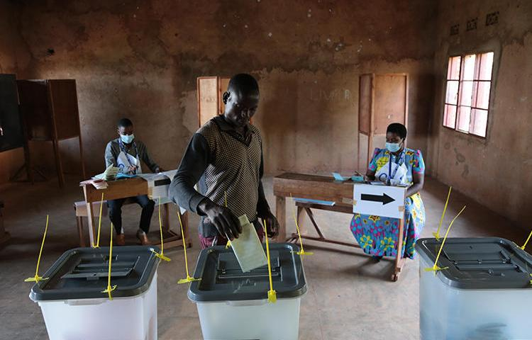 A man casts his ballot in Giheta, central Burundi, on May 20, 2020. Authorities disrupted access to social media networks during the election. (AFP)