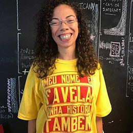 Brazilian community journalist Gizele Martins (Gizele Martins)