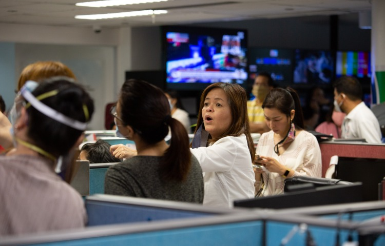ABS-CBN newsroom