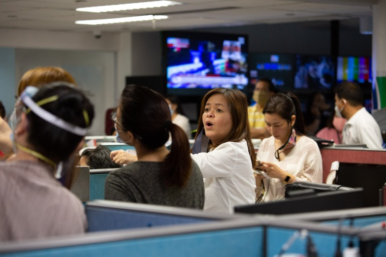 ABS-CBN newsroom